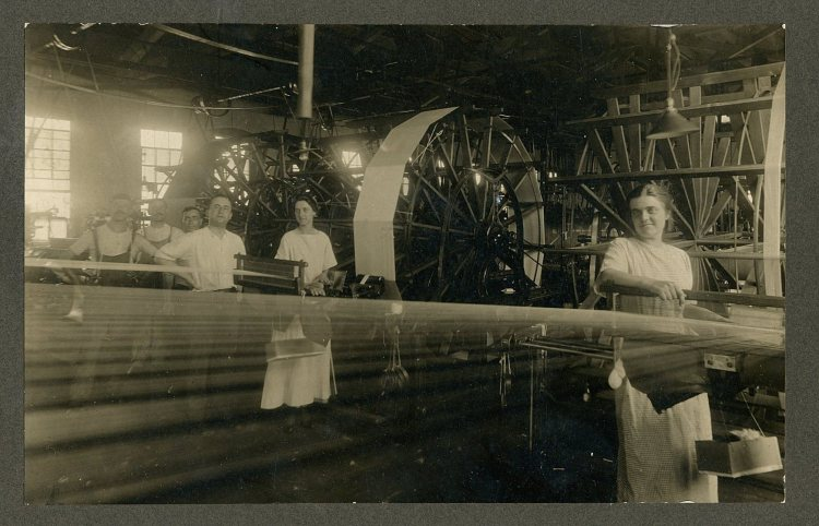 Fabric Looms 1917